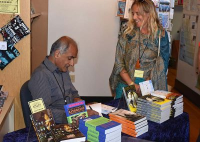 Booksigning-Pico-and-Mandy